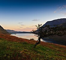Sunrise Crummock Water, Cumbria. UK by David Lewins