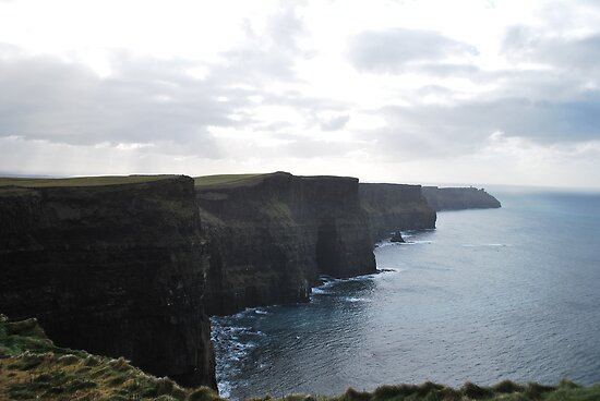Cliffs of Moher by AcePhotography