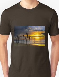 SUNSET SILHOUETTES Unisex T-Shirt