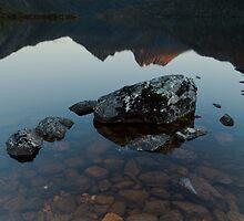 Lake Dove by tinnieopener