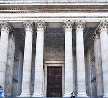 The pillars of St. Paul's by Adri  Padmos
