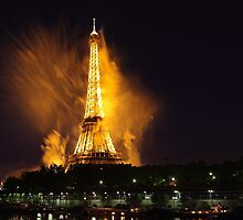 Paris tower is burning by remos