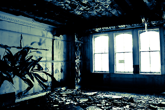 Watching the decay by Richard Pitman