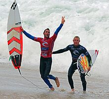 Joel Parkinson wins 2011 Rip Curl Pro at Bells Beach by Andy Berry