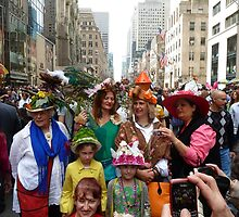 Easter Sunday on the 5th Avenue by supergold