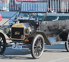 1914 T TourerFord by PaulWJewell