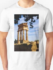Tempio dei Dioscuri, Valley of the Temples, Agrigento, Sicily Unisex T-Shirt