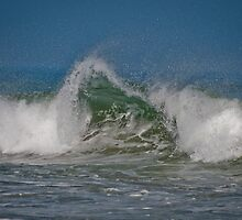 Plum Island Surf Aug. 2010 by RonSparks