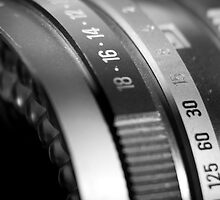 Vintage Camea Lens by cdstamper