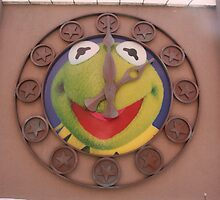Kermit Clock - Walt Disney World by searchlight