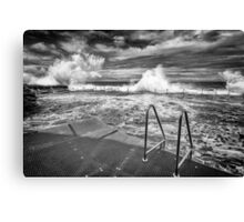 Bogey Hole Waves Canvas Print