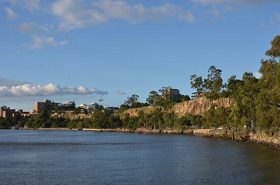 Kangaroo Point Cliffs in Brisbane by Ian McKenzie