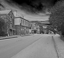 Main St of Richmond by Ian Colley