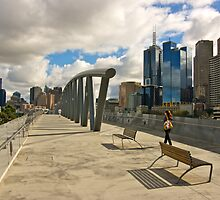 Walking into town - Melbourne by Phil McComiskey