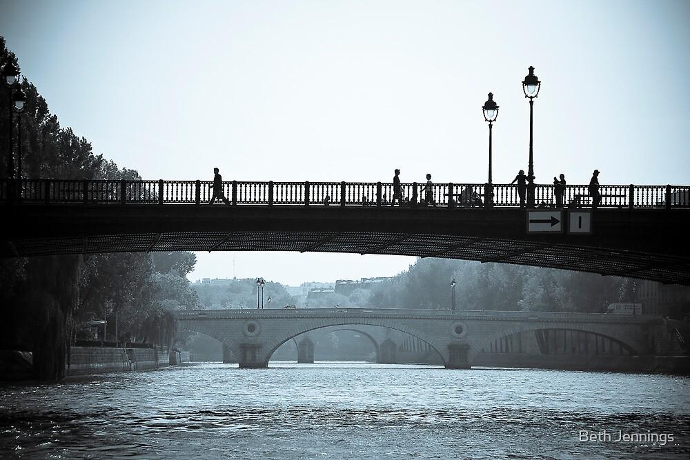 Paris in Motion by Beth Jennings