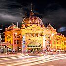 Flinders Street Station by Steven  Sandner