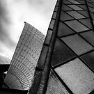 Opera House - Up Close & Personal by clydeessex