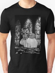 DJ Earth Pope Francis, EDM Holy Father blk & wht T-Shirt