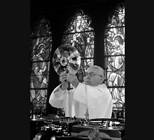 DJ Earth Pope Francis, EDM Holy Father blk & wht Unisex T-Shirt
