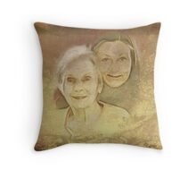 Love for My Mom Throw Pillow