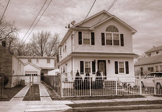 House and Driveway B&W by henuly1