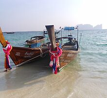 Longtail - Ko Phi Phi by rthorpe1985
