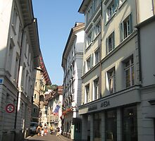 In-Town Shopping - Luzern, CH by Danielle Ducrest