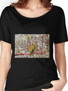 Textured Bud Women's Relaxed Fit T-Shirt