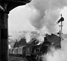 Gloucestershire Warwickshire Railway by Steve  Liptrot