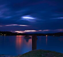Night on the Clyde, Australia by bazcelt