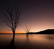 Lake Hume Sunrise by Timo Balk