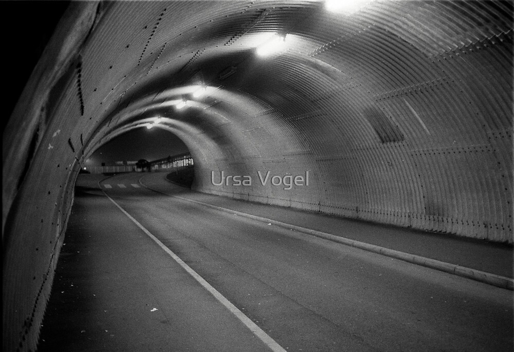1984 - the tunnel by moyo