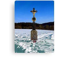 Wayside cross in winter scenery | landscape photography Canvas Print