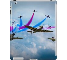 Red Arrows and Battle of Britain Memorial Flight iPad Case/Skin