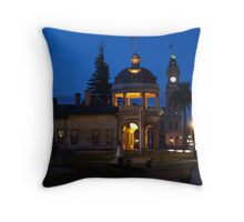 Pall Mall Evening, Bendigo Throw Pillow