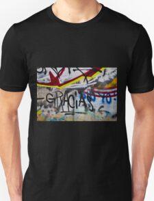 Abstract Graffiti Wall Art Photography - Gracias T-Shirt