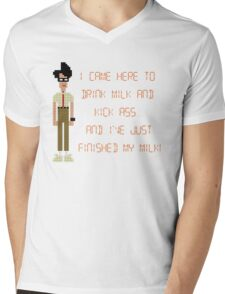 The IT Crowd – I Came Here to Drink Milk and Kick Ass Mens V-Neck T-Shirt