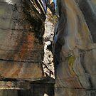 Icy canyon V by zumi