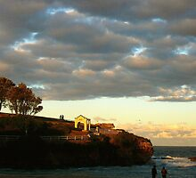 Twilight at Dolphin Point, Coogee by GraemeR