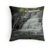 Leura cascade flows Throw Pillow
