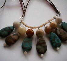 handmade necklace using semi precious gemstones by anaisnais