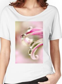 pink droplets Women's Relaxed Fit T-Shirt