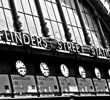 Flinders station, Melbourne by EblePhilippe