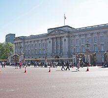 Buckingham Palace London by Keith Larby