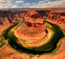 Horseshoe Bend by Nate Lam
