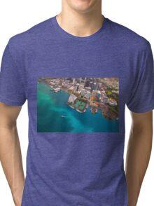 Honolulu City, Oahu, Hawaii Tri-blend T-Shirt