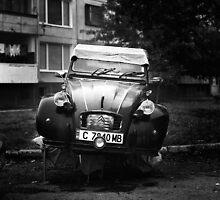 Citroen 2 by Stefan Kutsarov