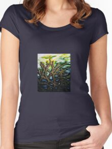 Ominous seaweed Women's Fitted Scoop T-Shirt
