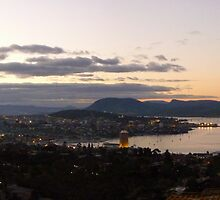 Dusk at Hobart     -  panorama by lighthousecove