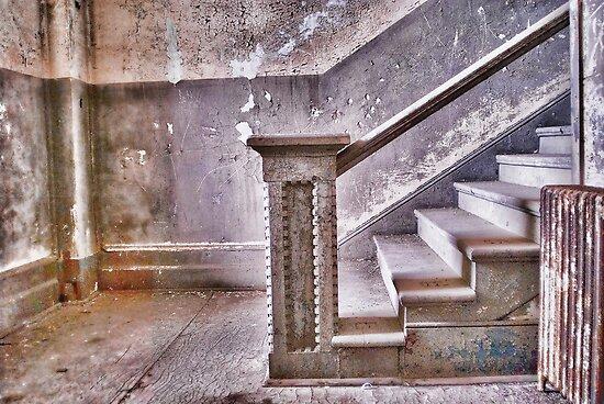 Alcatraz stairway by vincefoto